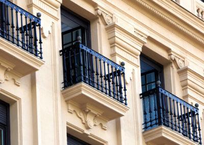 Restauración de fachada en edificio de la Gran Vía de Bilbao