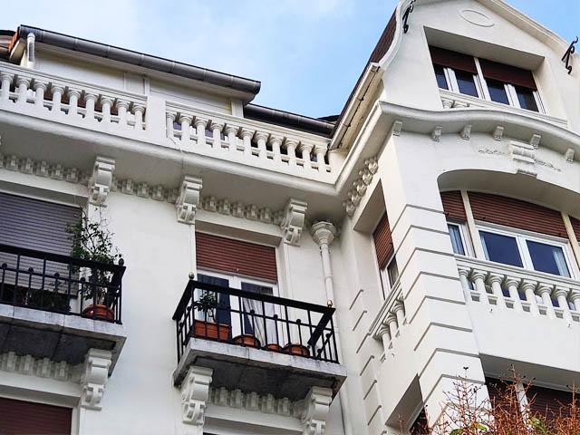 Restauración de fachadas en María Díaz de Haro 56, Portugalete